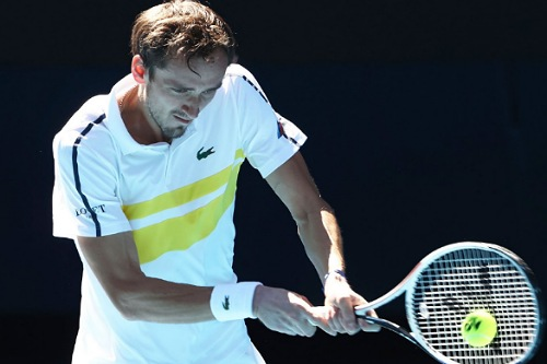 ميدفيديف ثالثا في تصنيف العالم للاعبي التنس