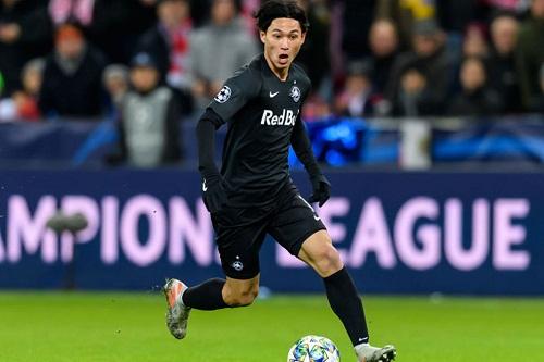 ليفربول يضم لاعبا يابانيا من سالزبورغ النمساوي