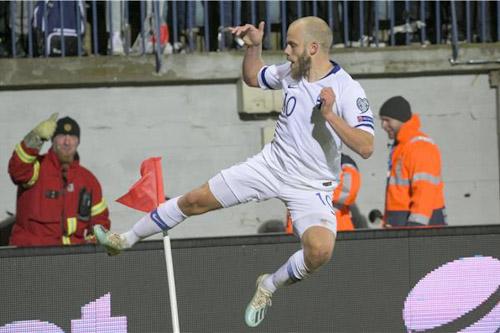 فنلندا تقترب من حلم التأهل بثلاثية في أرمينيا