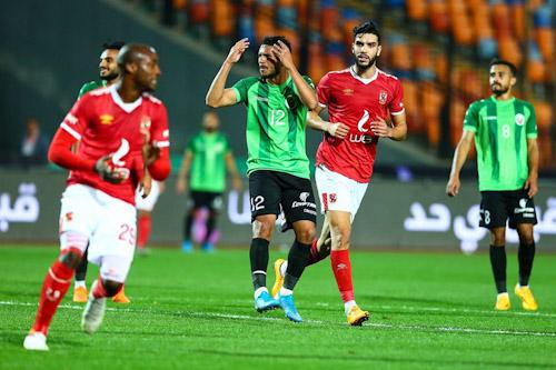 مدرب الأهلي يشيد بأزارو المتوهج بهدفين في كأس مصر