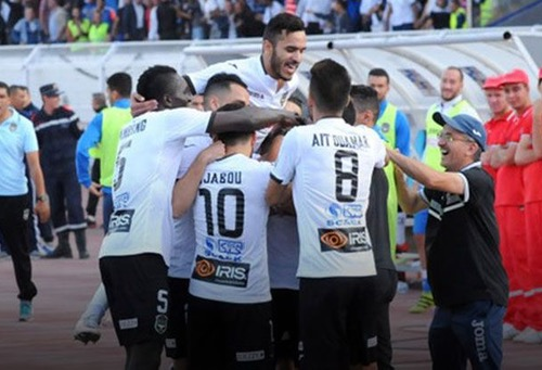 "وفاق سطيف يهزم الوداد في ذهاب ربع نهائي دوري أبطال إفريقيا وينتظر الحسم بـ""دونور"""