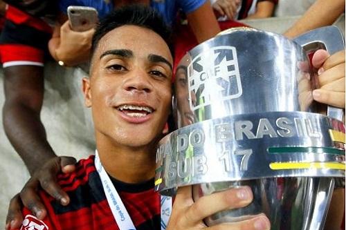 البرازيلي الشاب راينير على رادار برشلونة