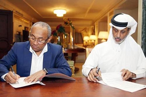 """""""كاف"""" تتّجه لإقامة النسخ الثلاثة المُقبلة من السوبر الإفريقي في الدوحة"""
