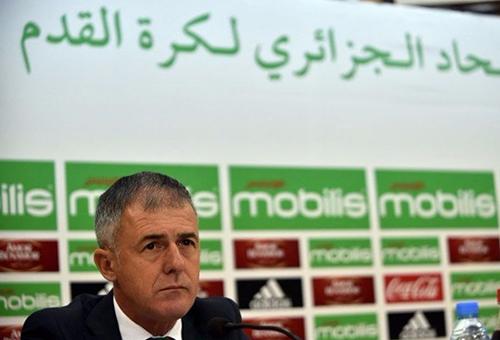 إقالة الإسباني الكاراز من تدريب المنتخب الجزائري