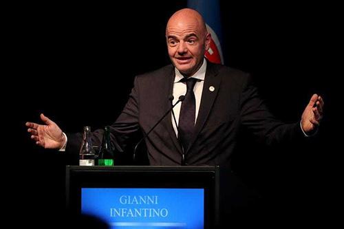 إنفانتينو ساخرا من التحقيق معه: الصداقات ممنوعة؟