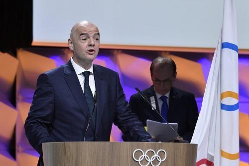 فيفا ترحب بقرار اللجنة الأولمبية تأجيل دورة طوكيو