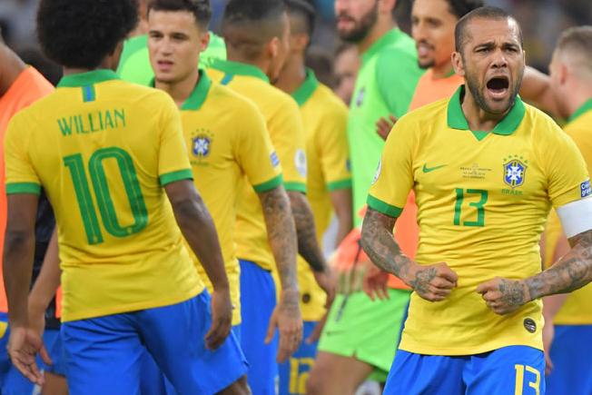 سكالوني: البرازيل ليست في أزمة ولا زالت خطيرة