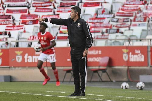 مدرب بنفيكا يتقدم باستقالته إلى رئيس النادي