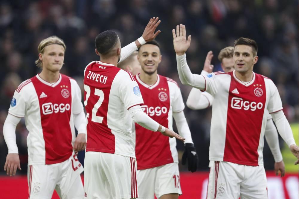 زياش ومزراوي يقودان أياكس أمستردام إلى فوز كاسح في الدوري الهولندي
