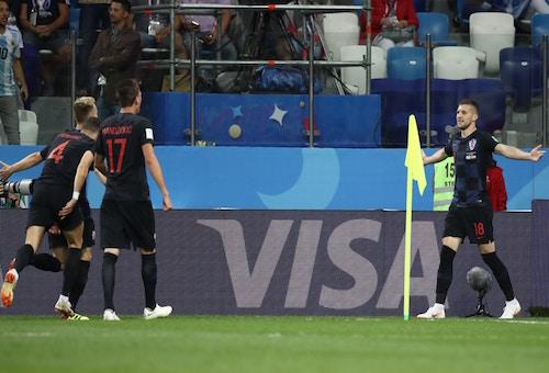 كرواتيا تسحق الأرجنتين بثلاثية وتتأهل إلى الدور الثاني من كأس العالم