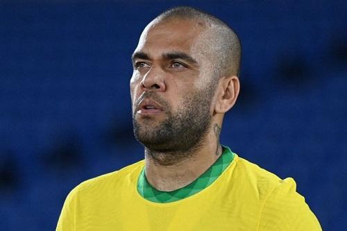 داني ألفيس يفسخ عقده مع نادي ساو باولو البرازيلي