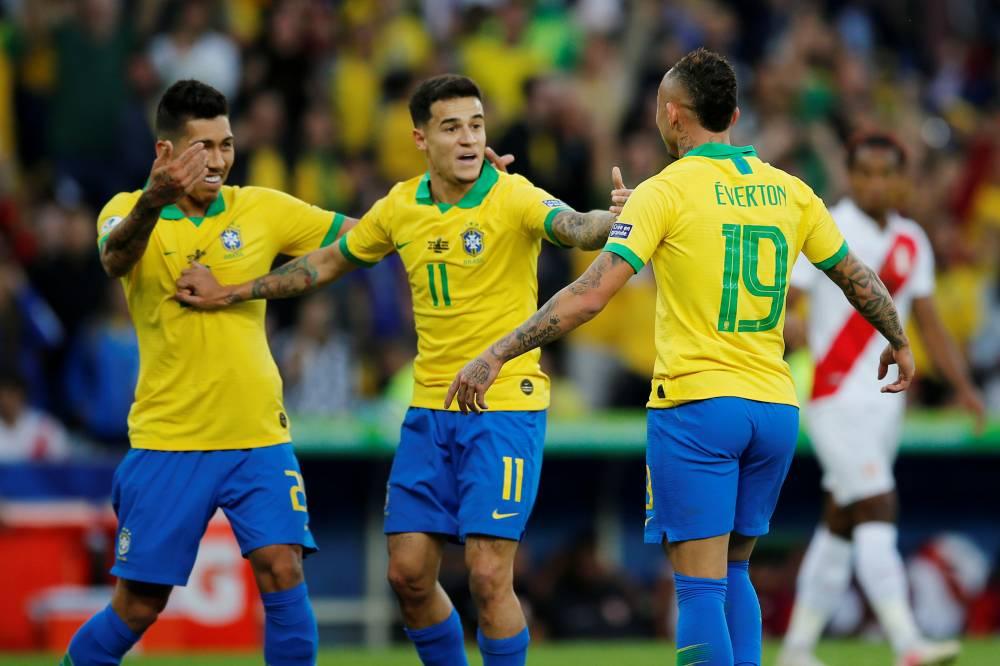 أرسنال يرسل وفدا طبيا إلى البرازيل تمهيدا لضم إيفرتون