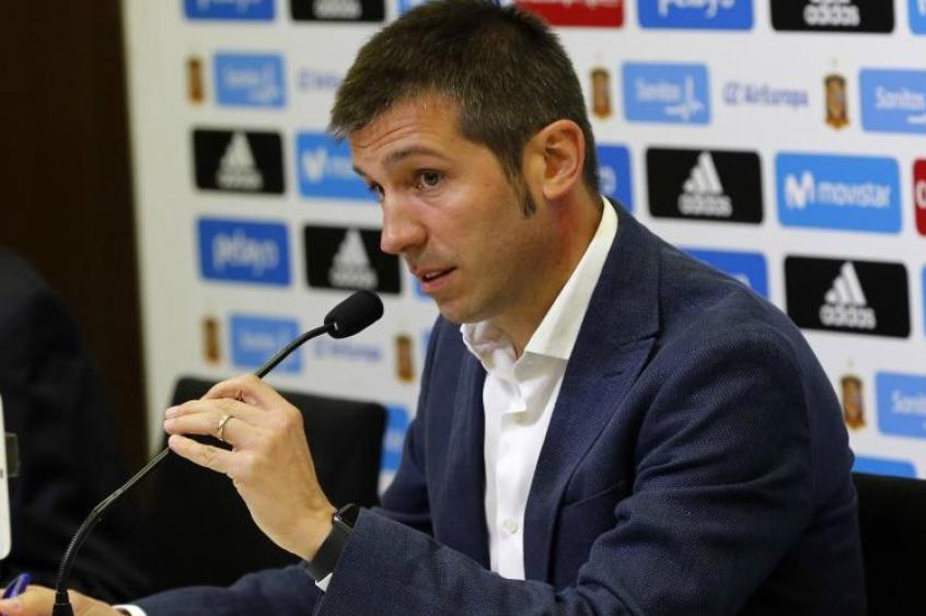 رسميا ...البرت سيلاديس مدربا لفالنسيا الإسباني