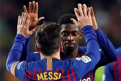 """""""البرغوث"""" ضمانة برشلونة.. و""""لعنة خارج الديار"""" تطارد سواريز قبل مباراة ليون"""