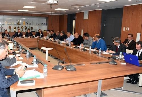 المكتب المديري للجامعة يعقد إجتماعا برئاسة فوزي لقجع