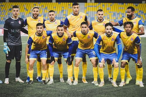 الفتح الرياضي يستعد للبطولة بغياب 11 لاعبا