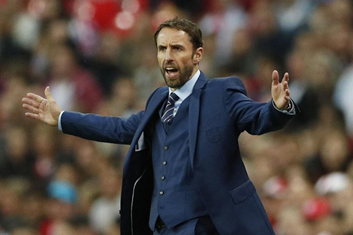 ساوثغيت يضم جيمس ماديسون لقائمة إنجلترا