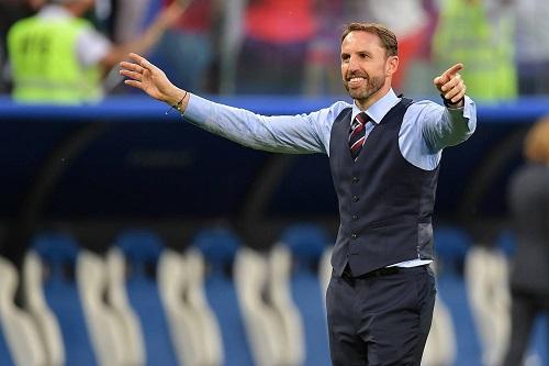 """""""مدرب إنجلترا"""" يخفض راتبه بسبب """"كورونا"""""""