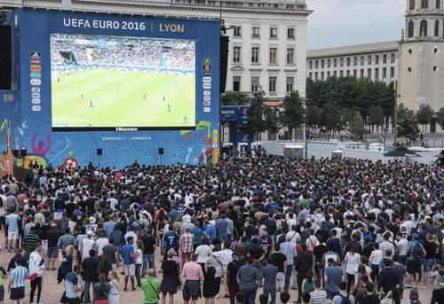 4 ملايين من جمهور يورو 2016 ارتادوا الأماكن المخصصة للمشجعين