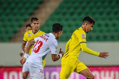 حسنية أكادير يتعادل مع المغرب الفاسي
