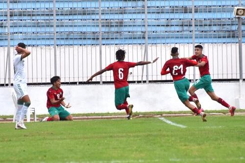 """دعم وافتخار بأشبال المغرب بعد الفوز على الجزائر في تصفيات """"الكان"""""""