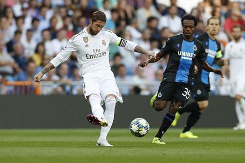 """""""ويفا"""" يصدر قراره في ملف ريال مدريد وكلوب بروج"""