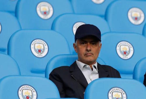 مورينيو يعدد أسباب إخفاق مانشستر يونايتد