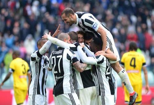 يوفنتوس يفوز على أودينزي ويتصدر الدوري الإيطالي مؤقتا