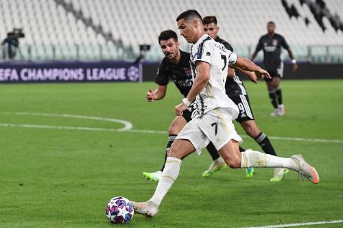 يوفنتوس الإيطالي يهزم ليون الفرنسي ويودع دوري أبطال أوروبا