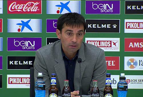 مدرب ليغانيس: مباراة ريال مدريد تحد خاص بالنسبة لنا