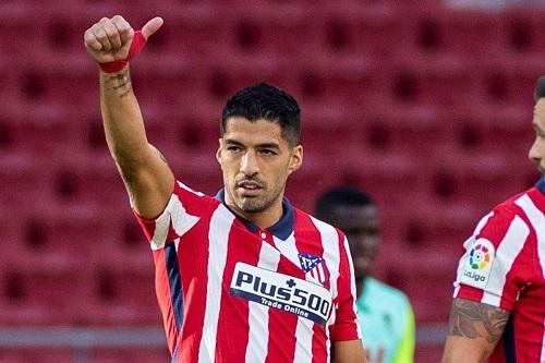 أتلتيكو يعلن تعافي لويس سواريز من كورونا