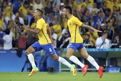 برشلونة يرصد 60 مليون يورو لضم مدافع البرازيل