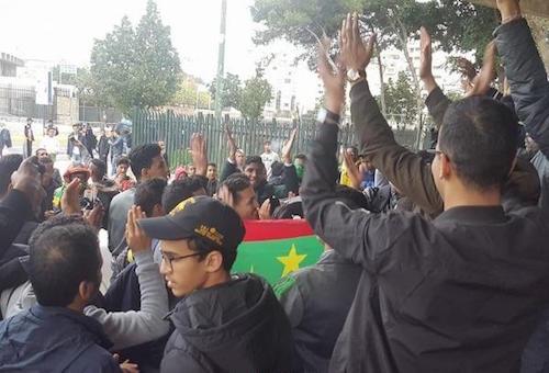 """بالصور: الجماهير الموريتانية تتوافد على ملعب """"محمد الخامس"""""""