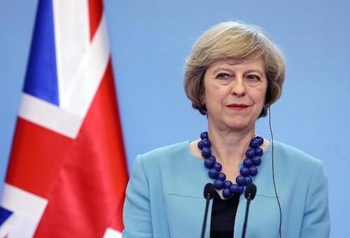 رئيسة وزراء بريطانيا تعتزم تكريم المنتخب الإنجليزي