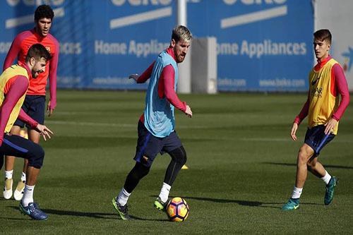 ميسي وماسكيرانو ينضمان لتدريبات برشلونة