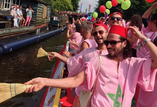 """صحف دولية: """"المثلية الجنسية"""" عائق في ملف ترشح المغرب لتنظيم المونديال"""