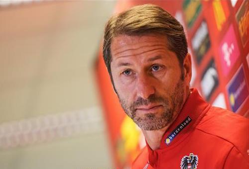 مدرب النمسا الجديد يتطلع لبداية قوية أمام أوروغواي