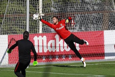 ثُلاثي أتلتيكو مدريد خارج قائمة مواجهة إلتشي