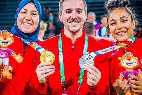 التهميش يطال أبوفارس البطلة المغربية لأولمبياد الشباب في رياضة التايكواندو