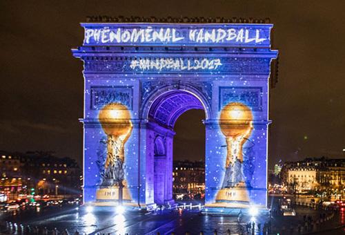 """""""قوس النصر"""" يحتفل بمونديال اليد في فرنسا"""
