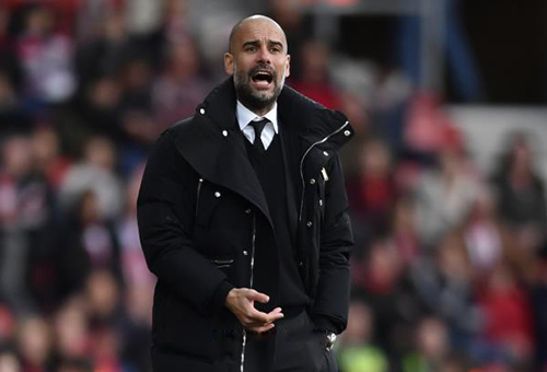 غوارديولا يجدد عقده مع مانشستر سيتي حتى 2021