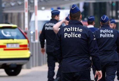 مداهمات واعتقالات.. الفساد يضرب الكرة البلجيكية