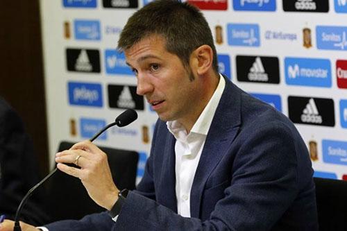 ألبرت سيلاديس: أتمنى أن نقترب من مستوى أتلتيكو مدريد