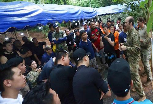 احتفاء كروي عالمي بملحمة إنقاذ اللاعبين التايلانديين