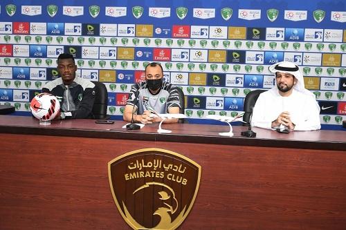 انتقادات تطال طارق السكيتيوي بعد انطلاقة سيئة مع نادي الإمارات